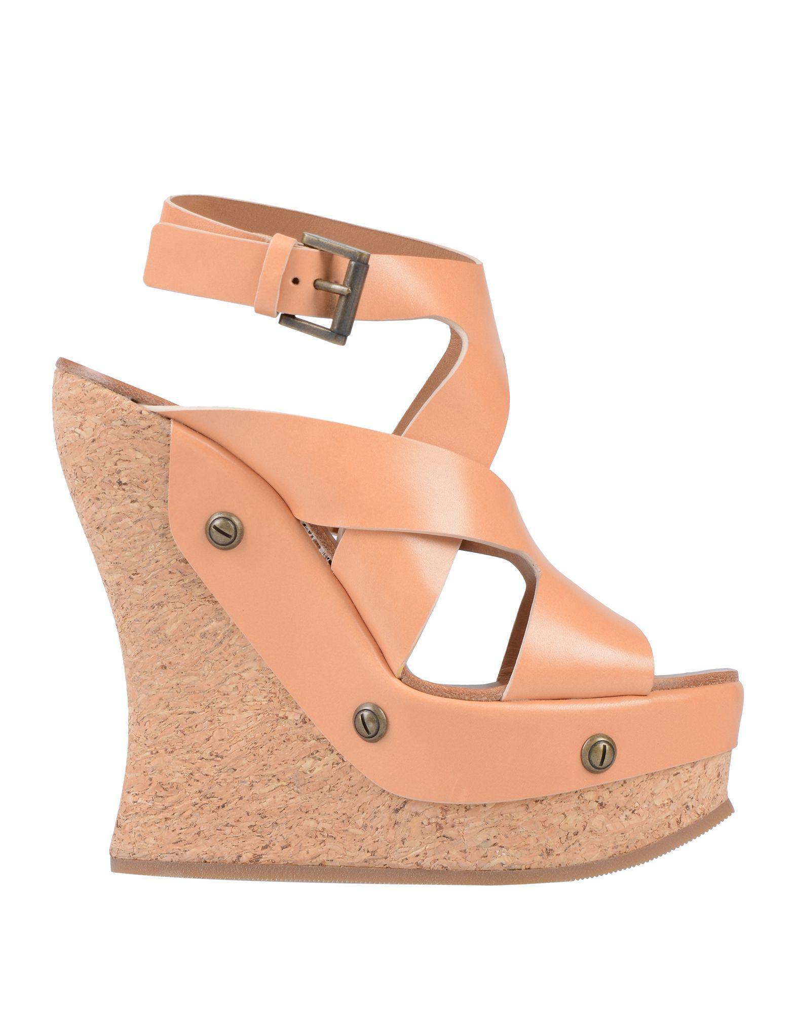 f9db3ce0f270 Lyst - Chloé Sandals in Pink
