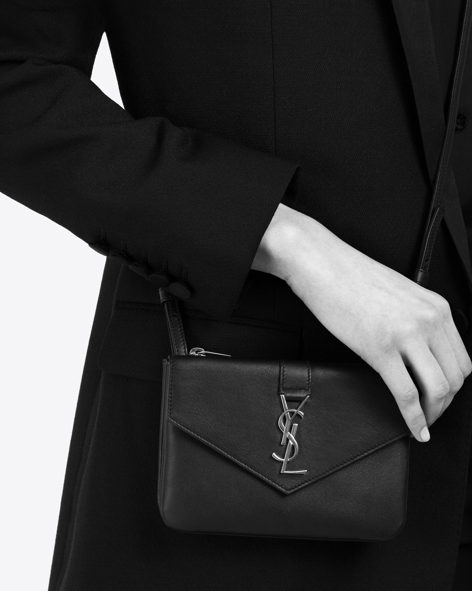 Saint Laurent Ysl Tri-pocket Bag In Dove White Leather