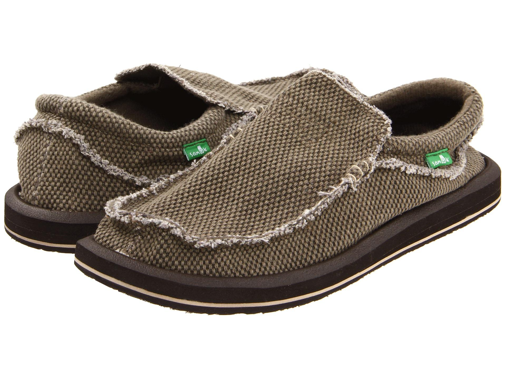 Sanuk Shoes Holiday Sale: Save up to 35% off! Shop nmuiakbosczpl.ga's selection of Sanuk shoes and sandals - over styles available including the Yoga Mat flip flop, Donna Hemp slip-on, TKO Sneaker, Yoga Sling sandal, and more.