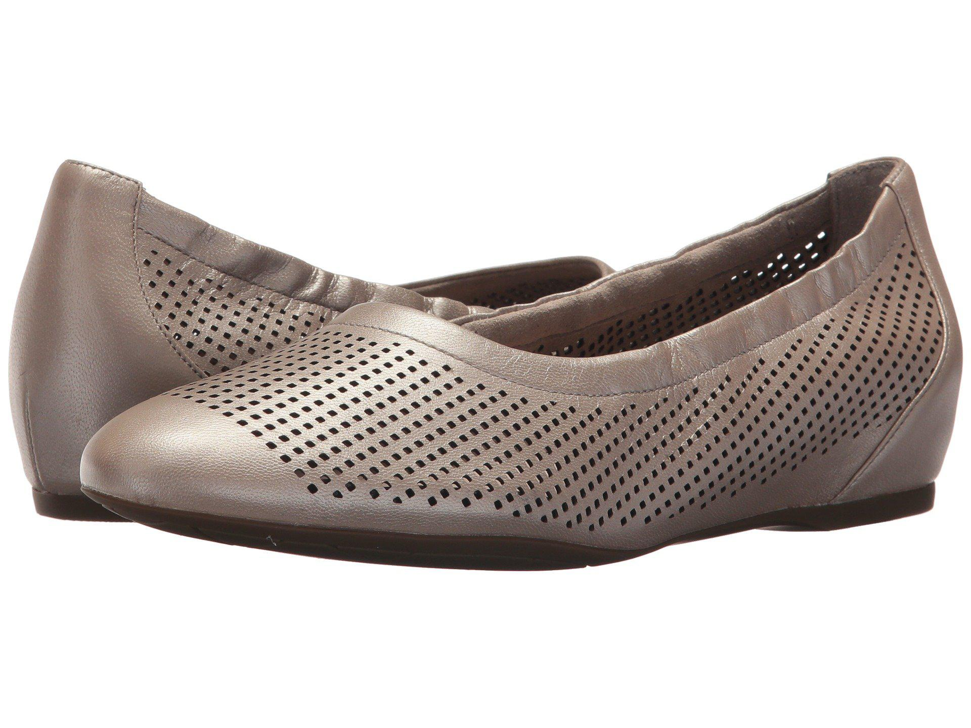 Rockport Total Motion 20mm Hidden Wedge Luxe Perf Slip-On eS6RfZ