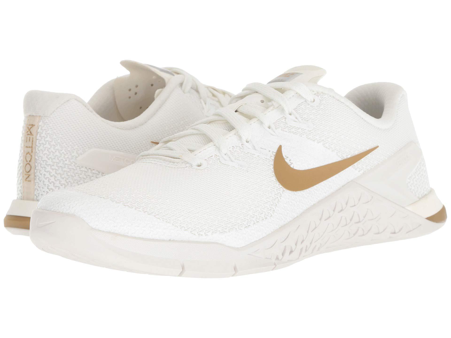 size 40 f8e8e 5580e Nike Metcon 4 Champagne (sail metallic Gold platinum Tint) Women s ...