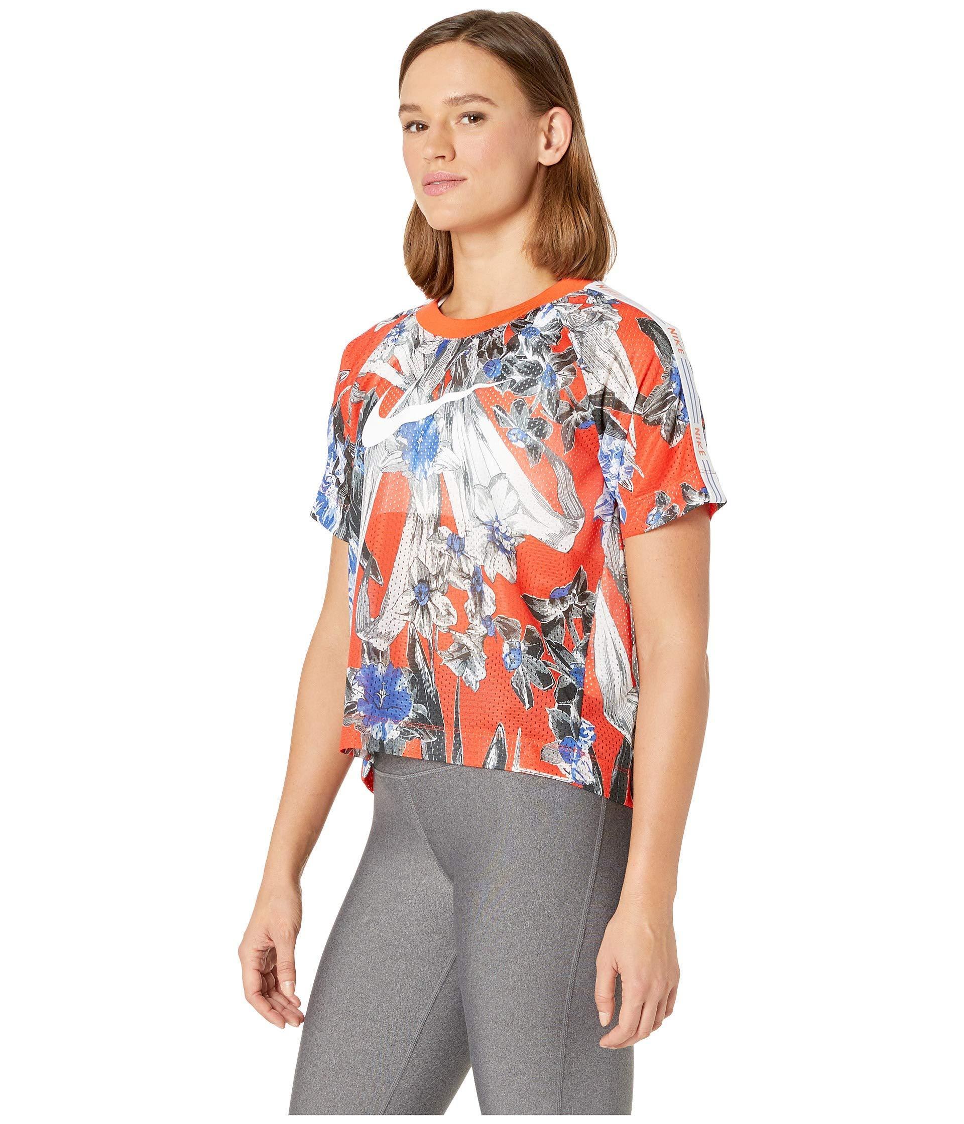 Nike Synthetic Sportswear Hyper Femme Short Sleeve All ...