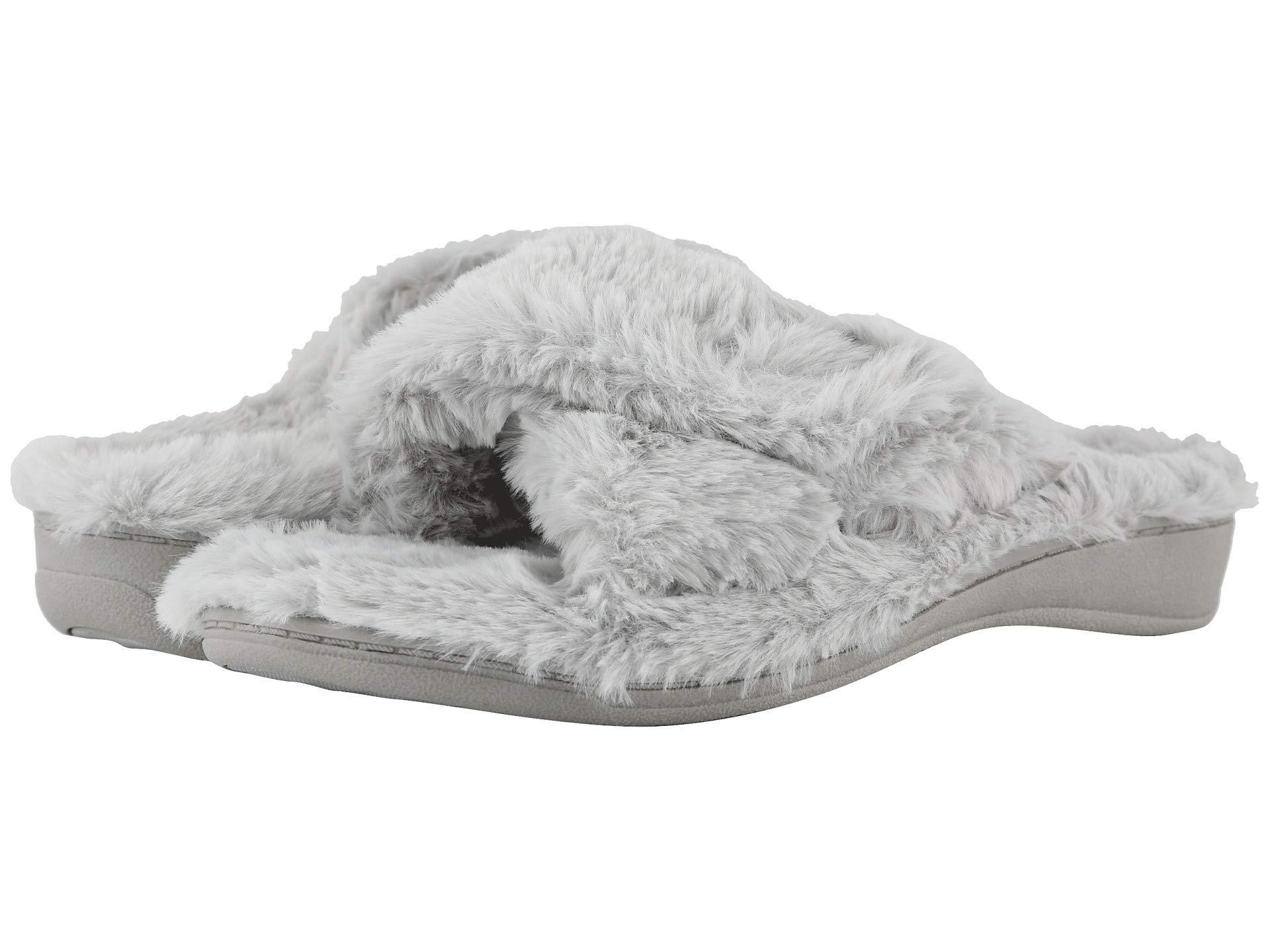 14c628ec9b1 Lyst - Vionic Relax Plush (blush) Women's Slippers in Gray