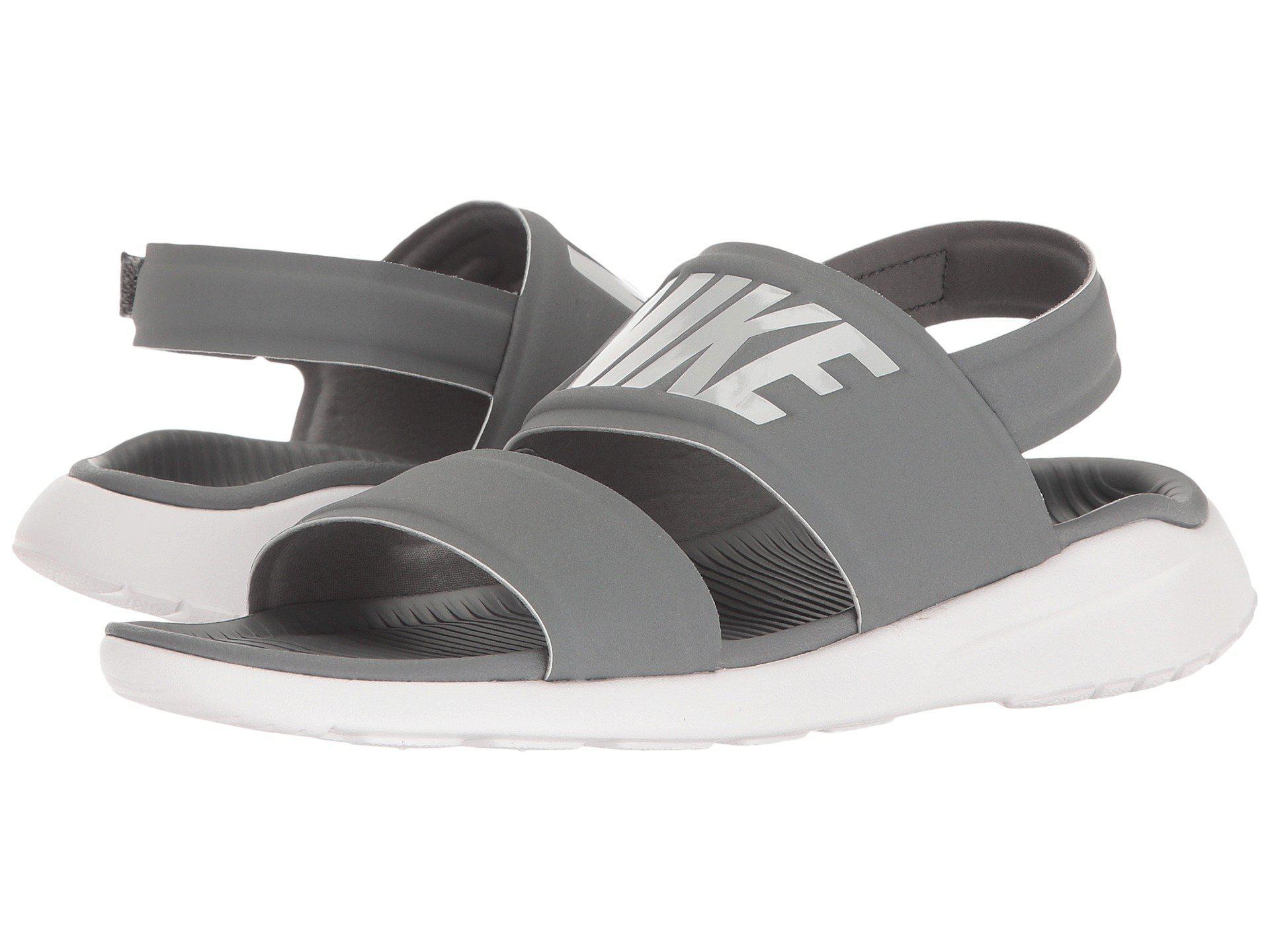 lyst nike tanjun sandalo (cool grigio / bianco / di puro platino) donne